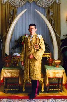 King Rama 10, King Phumipol, King Of Kings, King Queen, King Thailand, Bhumibol Adulyadej, Great King, Royalty, Models