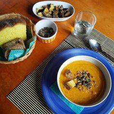Vellutata di zucca e manioca.  Un piatto con un gusto dolce e raffinato.  #laforchettasullatlante #vellutata #pumpkin #manioca #yucca #lunch #foodporn