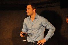 Benjamin Verrecchia du Point Virgule à Paris - Festivini au dîner spectacle des vignerons.