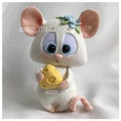 1 million+ Stunning Free Images to Use Anywhere Felt Crafts, Diy And Crafts, Arts And Crafts, Sewing Crafts, Sewing Projects, Rat Toys, Free To Use Images, Origami, Cute Mouse
