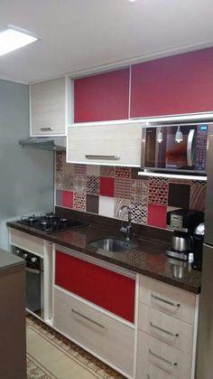 Cozinha com um toque de vermelho. Amei♥♥