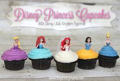 Easy princess cupcakes! Make the frosting the skirt! Disney Princess Party By www.thepinningmama.com #shop #DisneyPrincessPlay #cbias