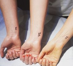 Best friend tattoos are definitely sweet and super popular as of late (see: Sarah Hyland and Stephanie Branco's dainty mismatched arrows), but sometimes even the strongest of friendships can sadly fade away over time. On the other hand, sisters are… 3 Sister Tattoos, Siblings Tattoo For 3, Last Name Tattoos, Sister Tattoo Designs, Bff Tattoos, Dainty Tattoos, Dream Tattoos, Best Friend Tattoos, Body Art Tattoos