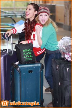 ariana grande sam and cat photos | Ariana Grande Jennette McCurdy Sam And Cat