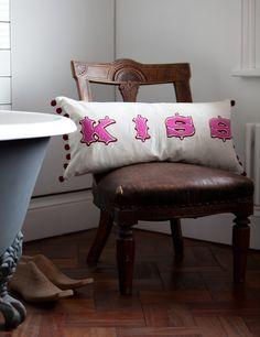 kiss cushion