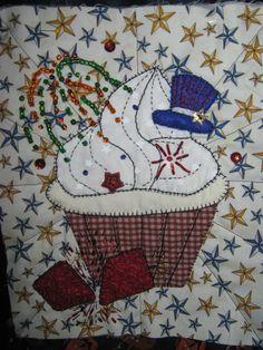 July Panel - Cupcake Quilt