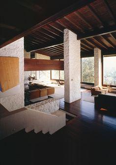 House in Filothei, Attica, Greece. Photo © Dimitris Kalapodas.The Inspirational Designs of Greek Architect Nicos Valsamakis