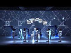 当社ロボットと、クリエイティブ集団・ライゾマティクス、ダンスカンパニー・イレブンプレイとのコラボレーションによるテクノロジーパフォーマンスを、2015年6月1日(月)に開催した『安川電機ロボット村オープニングセレモニー』のメインステージで披露しました。 最先端テクノロジーの融合により、人とロボットの協調、さらに...