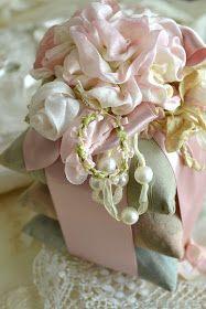 pastels.quenalbertini: Lace treasures, Jennelise