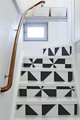 Chasing Paper removable wallpaper on stairs // Chez Larsson Basement Stairs, House Stairs, Garage Stairs, Painted Stairs, Painted Floors, Wallpaper Stairs, Painted Wallpaper, Paper Wallpaper, Wallpaper Ideas