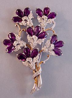 DuJay Floral Brooch Rose Gold Wedding Jewelry, Purple Jewelry, Vintage Costume Jewelry, Vintage Costumes, Green And Purple, Jewerly, Stones, Floral, Fashion