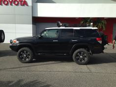 What do you guys think of this 5th Gen 4Runner with Land Cruiser style white roof?