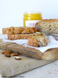 Pain sans gluten à la farine de sarrasin et aux amandes grillées