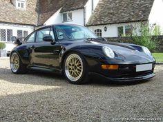 Black Porsche 911 GT2