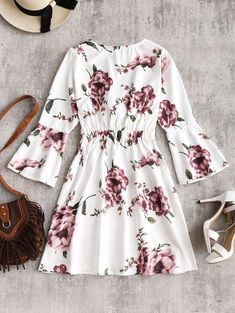 Shop print dresses for women online, you can get leopard, zebra and floral print dresses in fashion style on ZAFUL. Girls Short Dresses, Stylish Dresses For Girls, Cute Prom Dresses, Stylish Dress Designs, Stylish Outfits, Girls Fashion Clothes, Teen Fashion Outfits, Fashion Dresses, Floral Blouse Outfit