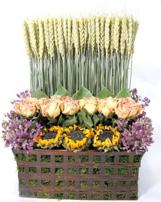 Dried Floral Arrangement, Stacked Flower Arrangement, Dried Flowers, Contemporary Floral Arrangement
