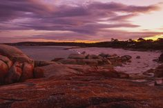 Another favourite sunset that is so colourful ��. #sunset #sunsetlovers #ig_sunset #ig_sunsetshots #skyonfire #sky #pic_of_the_day #pink #orange #orangesunset #red #redsunset #landscape #world #nature #tassie #tasmania #ig_tasmania #tasmaniagram #travel #oz #wow #love #straya #bayoffires #weekend http://tipsrazzi.com/ipost/1523829386632989310/?code=BUlusDoj4p-