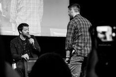 Alessia @commander_alexa  May 22   Jensen and Misha, cockles panel at #JIB8. B&W. #jibcon #jib8p