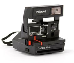 Vintage Polaroid Camera - Fully functional Uncovet
