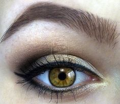 love the gold and black around the hazel