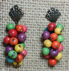 Moda e artesanato lado a lado ^^ As biojoias são mais que simples bijuterias, são verdadeiras jóias da natureza; e as pérolas da floresta são as sementes 🌱    Com esse tipo de arte é possível fazer acessórios muito lindos gastando bem pouco. Saiba como fazer!