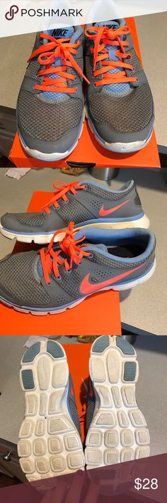 Nike sneakers size 9 Women's Nike flex size 9 in great condition Nike Shoes Athletic Shoes