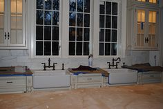 Dual Kitchen Sink... What about a farm sink with two sets of hardware?