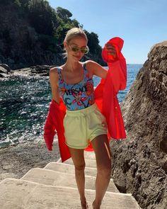 Leonie Hanne – Versace swimsuit Leonie Hanne, Overall Shorts, Summer Beach, Versace, Overalls, Swimsuits, Women, Fashion, Moda
