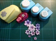 tutorial on making, shaping, coloring flowers made from punches. tutorial on making, shaping, coloring flowers made from punches. Handmade Flowers, Diy Flowers, Fabric Flowers, Paper Flowers, Card Making Tips, Card Making Tutorials, Card Making Techniques, Diy Fleur, Craft Punches