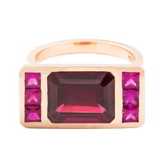 Door 24 throws out this very festive piece - a One of a Kind Tetris ring: garnet and rubies, set to Rose Gold. Calendar 2014, Advent Calendar, Irish Design, Jewelry Design, Designer Jewellery, Garnet, Behind The Scenes, Rose Gold, Badger