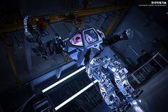 method-2 bipedal robot south korea hankook mirae technology designboom