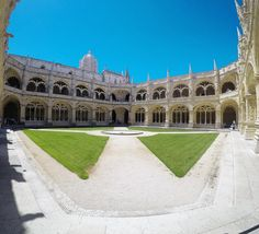 Que beleza �� #belem #mosteiro #mosteirodosjeronimos #lisboa #lisbon #lisbonne #portugal #fit #fitness #europe #visitportugal #super_portugal #love #topportugalphoto #toplisbonphoto #igerslisbon #ig_portugal #travel #travelgram #picoftheday #instagood http://tipsrazzi.com/ipost/1509615322533282134/?code=BTzOyM3FUFW