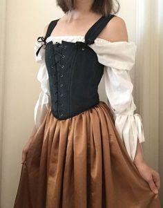 Renaissance Dresses, Medieval Clothing, Renaissance Fair Costume, Old Fashion Dresses, Fashion Outfits, Pretty Outfits, Pretty Dresses, Mode Kpop, Victorian Dresses