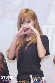 4Minute HyunA