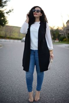 Sleeveless jacket :: curvy outfits, moda outfits, plus size outfits, Casual Plus Size Outfits, Curvy Girl Outfits, Curvy Girl Fashion, Trendy Fashion, Womens Fashion, Curvy Work Outfit, Plus Size Casual, Fashion 2015, White Outfits