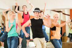 #Ballare mantiene in forma, migliora l'elasticità muscolare e anche l'umore! E se non hai il tempo di frequentare un corso, puoi farlo anche a casa al ritmo della tua #musica preferita.   Scopri i nostri #consigli: http://www.dimmidisi.it/it/dimmicomefai/stare_in_forma/article/balla_che_ti_fa_bene.htm - #dimmidisi #benessere #salute #danza #fitness