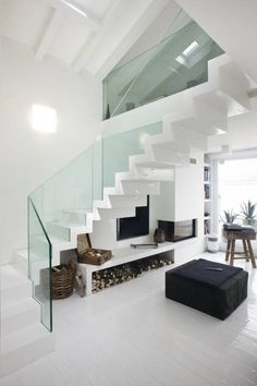 Investing in new staircase parts can make a small but noticeable difference and, if you want to give them a complete makeover, stair cladding could be the best affordable option. Home Stairs Design, Modern House Design, Home Interior Design, Interior Architecture, Stair Design, Interior Stairs, Stairs Cladding, Escalier Design, New Staircase