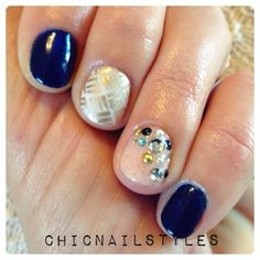 Industrial Vintage Glam Nails--ChicNailStyles #gelpolishnailart #fallnails #harvestnails