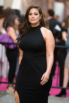You Have to See How Ashley Graham Reacted When Critics Said She Lost Weight  - Cosmopolitan.com