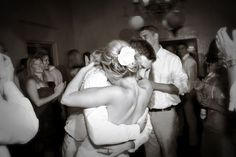 five wedding photos to add to your shot list | the last shot of the night