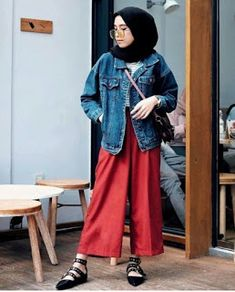 24 Trendy Fashion Model Tips Inspiration Modern Hijab Fashion, Street Hijab Fashion, Hijab Fashion Inspiration, Muslim Fashion, Denim Fashion, Trendy Fashion, Korean Fashion, Fashion Outfits, Fashion Muslimah