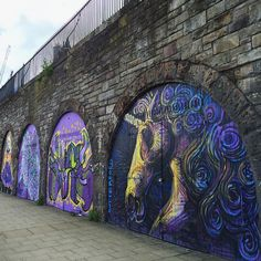 I haven't posted Graffiti for a while, so here's Scotland's national animal painted beautifully on the archways on Market Street - this was part of the largest street art project and the controversial New Waverley scheme. Read more about it at Edinburgh News, Scotsman