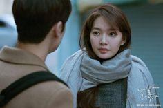 Shin Min Ah cũng là một trong những nữ ngôi sao có diễn xuất đỉnh cao, cô thể hiện được nhiều mặt tính cách trong vai trò của mình. Lee Sun Bin, Tomorrow With You, Shin Min Ah, Parks, Twitter, Parkas