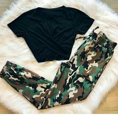 Combo Tee cargo pant Price Dm for size . Cute Lazy Outfits, Teenage Outfits, Teen Fashion Outfits, Outfits For Teens, Stylish Outfits, Girl Fashion, Cool Outfits, Womens Fashion, Tumblr Outfits