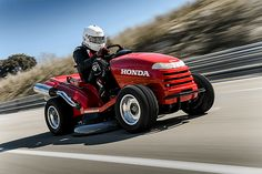 Watch The Worlds Fastest Lawnmower Do A Burnout Of Epic