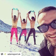 Aj takéto krásne je #praveslovenske  od @adamsport.sk  Ty si ešte neobjavil čaro skialpinizmu?? Objavuj s nami krásy prírody.  #slovakia #slovensko #tatramountains #mountains #girls #skiing #alpineskiing #nature #hightatras #vysoketatry #winter #snow #sunny #landscape