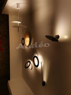 Noir Nordique Moderne Applique murale mur de lumi/ère /Él/égant Rond M/étal Abat-jour Or Lampe miroir Lampe de chevet Salon Chambre Salle de bains Couloir Rayon Loft Balcon Conception dart /Éclairage