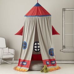 Kids Play Tents: Rocket Ship Play Tent in Playroom Furnishings - for kiddo's big boy room reading nook Indoor Tents, Indoor Playhouse, Indoor Tent For Kids, Home Rocket, Diy Rocket, Outer Space Bedroom, Outer Space Theme, Bebe Love, Deco Kids
