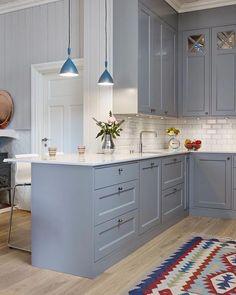 The Bad Secret Of Small Kitchen Design With Blue Wooden Cabinet 7 - homemisuwur Grey Kitchen Floor, Kitchen Flooring, Kitchen Cabinets, Grey Ikea Kitchen, Grey Cabinets, Kitchen Modern, Küchen Design, Home Design, Design Ideas
