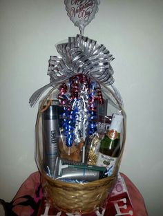 For Him! MK Men's Basket! www.marykay.com/shermainejr Holiday Gift Baskets, Holiday Gifts, Baskets For Men, Boutique Ideas, Basket Ideas, Beauty Stuff, Homemade Gifts, Gifts For Friends, Snow Globes
